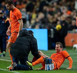 19-11-2013 VOETBAL: NEDERLAND - COLOMBIA: AMSTERDAM<br /> Nederland speelt met 0-0 gelijk tegen Colombia / Ron Vlaar, Rafael van der Vaart<br /> ©2013-FotoHoogendoorn.nl