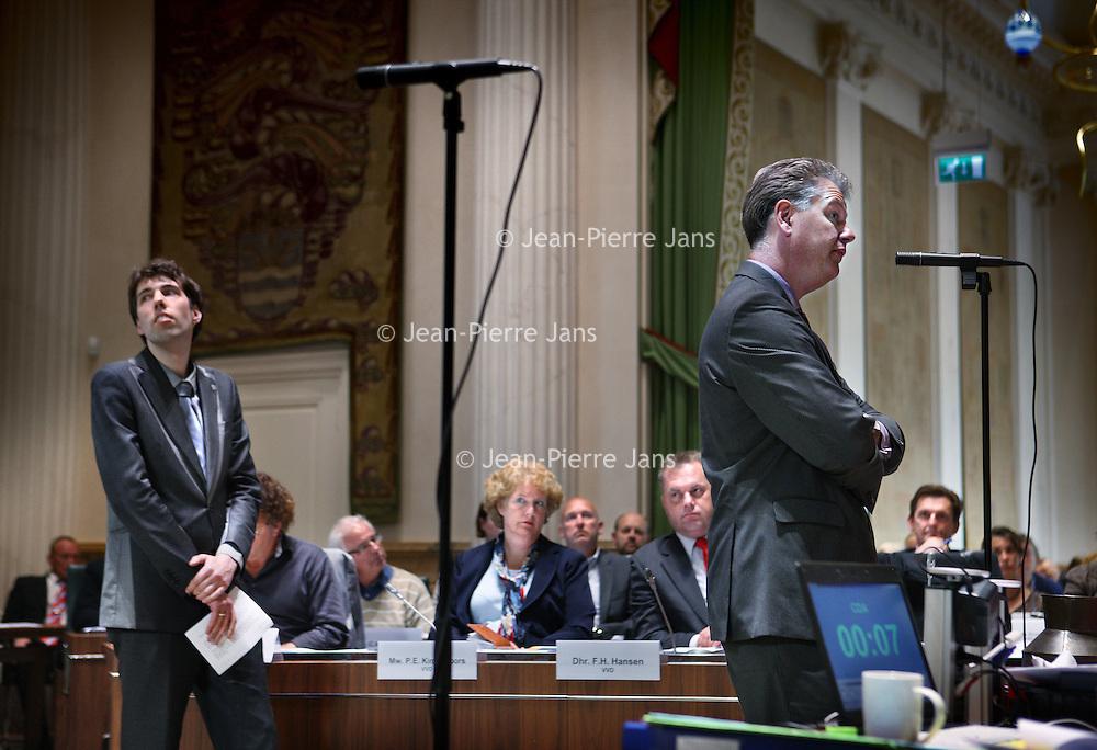 Nederland, Haarlem , 9 mei 2011..Provinciale staten vergaderen over de lezing van Von der Dunk. .Op de foto Hero Brinkman van de PVV tijdens de vergadering met links Bram van Liere lijsttrekker van de Partij voor de Dieren..Foto:Jean-Pierre Jans