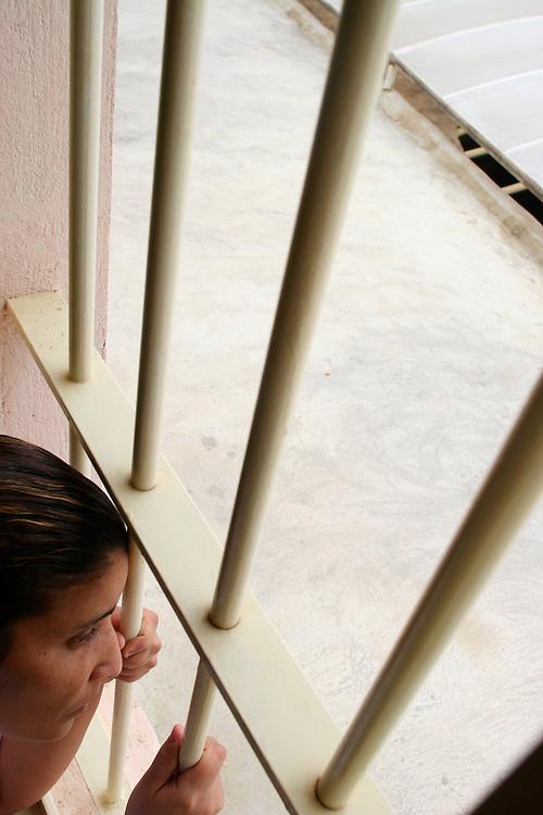 Belo Horizonte_MG, Brasil...Mulher presa, no centro de detencao Estevao Pinto, apos abandonar bebe na lagoa da Pampulha. ..A arrested woman in detention center Estevao Pinto, after abandoned her baby in the Pampulha Lake...Foto: LEO DRUMOND / NITRO