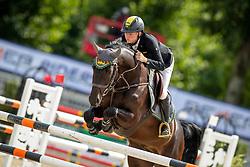 SCHULZE TOPPHOFF Philipp (GER), ALPHAJET DB<br /> Münster - Turnier der Sieger 2019<br /> Preis des EINRICHTUNGSHAUS OSTERMANN, WITTEN<br /> CSI4* - Int. Jumping competition  (1.45 m) - <br /> 1. Qualifikation Mittlere Tour<br /> Medium Tour<br /> 02. August 2019<br /> © www.sportfotos-lafrentz.de/Stefan Lafrentz