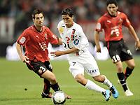 Fotball<br /> Frankrike<br /> Foto: DPPI/Digitalsport<br /> NORWAY ONLY<br /> <br /> FOOTBALL - FRENCH CHAMPIONSHIP 2009/2010 - L1 - STADE RENNAIS FC v US BOULOGNE  - 8/08/2009<br /> RENNES<br /> <br /> FABIEN ROBERT (BOU) / CARLOS BOCANEGRA (REN)