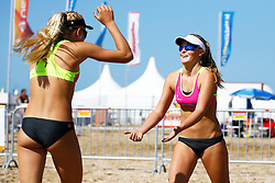 20150828 NED: NK Beachvolleybal 2015, Scheveningen<br />Kwalificaties NK Beachvolleybal 2015, Esmee Priem, Fuerra Everaert