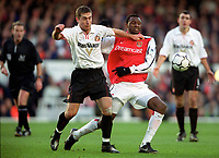 Patrick Vieira (Arsenal) Chris Makin (Sunderland) Arsenal 2:2 Sunderland. FA Carling Premiership, 30/12/2000. Credit Colorsport / Stuart MacFarlane.