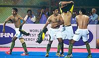 BHUBANESWAR (India) - Gekte rond de halve finalewedstrijd tuusen India en Pakistan bij de Champions Trophy hockey. Bij India is Roelant oltmans de bondscoach . Pakistan won verrassend door in de laatste minuut te scoren. ANP KOEN SUYK