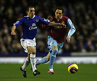 Photo: Paul Thomas.<br /> Everton v West Ham United. The Barclays Premiership. 03/12/2006.<br /> <br /> Goal scorer (L) of Everton. Matthew Etherington of West Ham.