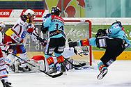 24.03.2011, Rapperswil-Jona, Eishockey NLA Playout, Rapperswil-Jona Lakers - HC Ambri-Piotta, Michel Riesen (LAK) erzielt das 5:4 in der Verlaengerung   (Thomas Oswald/hockeypics)