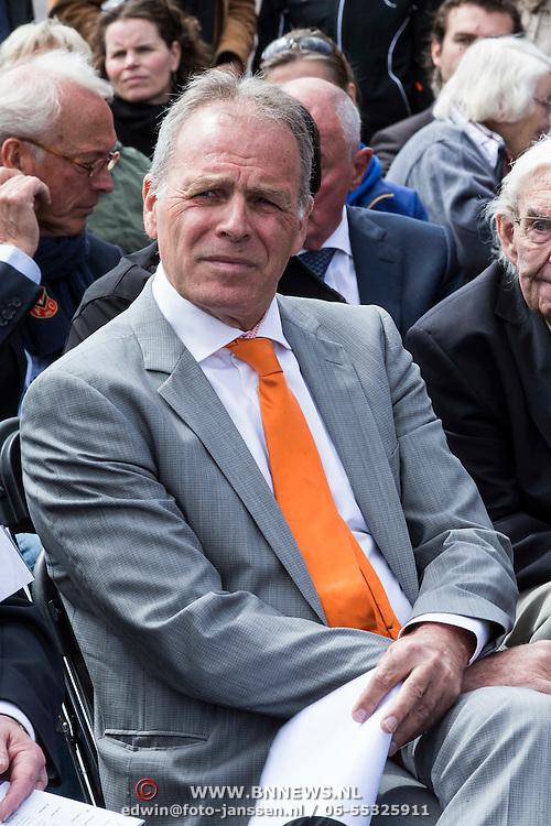NLD/Amsterdam/20140504 - Dodenherdenking 2014 Olympisch Stadion, Gerard Dielissen van het IOC