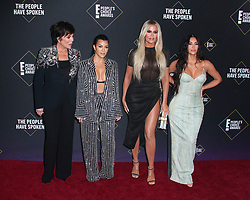 2019 E! People's Choice Awards at The Barker Hangar in Santa Monica, California on 11/10/19. 10 Nov 2019 Pictured: Kim Kardashian, Kourtney Kardashian, Khloé Kardashian, Kris Jenner. Photo credit: River / MEGA TheMegaAgency.com +1 888 505 6342