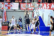 DESCRIZIONE : Paladesio Eurolega 2013-14 EA7 Emporio Armani Milano-Brose Baskets Bamberg<br /> GIOCATORE : Velickovic Novia<br /> SQUADRA :  Brose Baskets Bamberg<br /> CATEGORIA : Tiro<br /> EVENTO : Eurolega 2013-2014<br /> GARA :  EA7 Emporio Armani Milano-Brose Baskets Bamberg<br /> DATA : 13/12/2013<br /> SPORT : Pallacanestro<br /> AUTORE : Agenzia Ciamillo-Castoria/I.Mancini<br /> Galleria : Eurolega 2013-2014<br /> Fotonotizia : Milano Eurolega Eurolegue 2013-14  EA7 Emporio Armani Milano Brose Baskets Bamberg<br /> Predefinita :