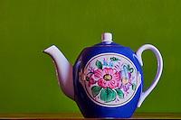 Russie, thiere Gardner en porcelaine // Russia, Gardner porcelaine teapot