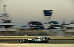 November 25, 2017 - Abu Dhabi, United Arab Emirates - #77 Valtteri Bottas (FIN, Mercedes AMG Petronas F1 Team) takes poll position during FIA Formula One World Championship 2017, Grand Prix of Abu Dhabi. (Credit Image: © Hoch Zwei via ZUMA Wire)