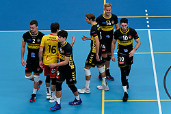 26-10-2019 NED: Talentteam Papendal - Draisma Dynamo, Ede<br /> Round 4 of Eredivisie volleyball - Jeroen Rauwerink #2 of Dynamo, Seain Cook #19 of Dynamo, Wessel Blom #14 of Dynamo, Maikel van Zeist #10 of Dynamo