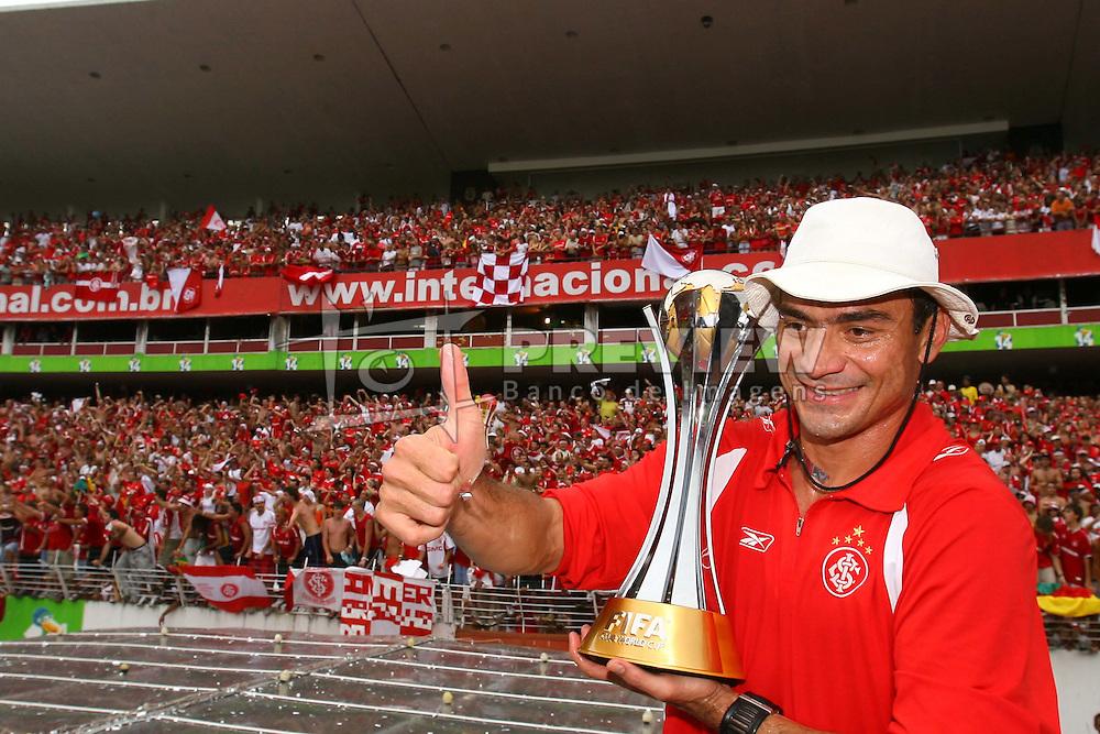 Clemer e a equipe do Internacional, campeã do mundial interclubes da FIFA comemora com a sua torcida em Porto Alegre. FOTO: Jefferson Bernardes/Preview.com