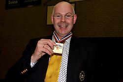 22-04-2003 VOLLEYBAL: PIET ZOOMERS DYNAMO - OMNIWORLD: APELDOORN<br /> Finale play-offs Piet Zoomers wint het landkampioenschap / Toon Gerbrands<br /> ©2003-Ronald Hoogendoorn