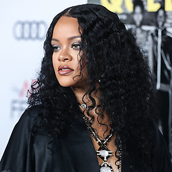 HOLLYWOOD, LOS ANGELES, CALIFORNIA, USA - NOVEMBER 14: Singer Rihanna arrives at the AFI FEST 2019 - Opening Night Gala - Premiere Of Universal Pictures' 'Queen And Slim' held at the TCL Chinese Theatre IMAX on November 14, 2019 in Hollywood, Los Angeles, California, United States.<br /> 14 Nov 2019<br /> Pictured: Rihanna.<br /> Photo credit: Xavier Collin/Image Press Agency / MEGA<br /> <br /> TheMegaAgency.com<br /> +1 888 505 6342