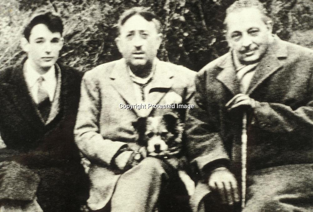 Gioacchino Lanza Tomasi (a sinistra), Lucio Piccolo (al centro) e Giuseppe Tomasi di Lampedusa (a destra)<br />archivio effigie