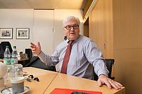 15 JAN 2013, BERLIN/GERMANY:<br /> Frank-Walter Steinmeier, SPD Fraktionsvorsitzender, waehrend einem Interview, in seinem Buero, Jakob-Kaiser-Haus, Deutscher Budnestag<br /> IMAGE: 20130115-01-023<br /> KEYWORDS: Büro