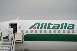 May 5, 2019 - Pope Francis arrives at the Sofia airport airport on his official visit in Bulgaria. The Prime Minister of Bulgaria Boyko Borisov welcome him. Pope Francis is on Apostolic Journey in Bulgaria from 5 to 7 May 2019 in order to greet the people of Bulgaria and extend to each and every Bulgarian his benediction for peace and prosperity. The Pope will visit the town of Rakovski, with highest population of Catholics. In Bulgaria the most popular religion is Orthodox Christianity Rakovski, Bulgaria on May 05, 2019  (Credit Image: © Hristo Rusev/NurPhoto via ZUMA Press)
