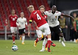Simon Kjær (Danmark) og Romelu Lukaku (Belgien) under UEFA Nations League kampen mellem Danmark og Belgien den 5. september 2020 i Parken, København (Foto: Claus Birch).
