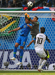 June 22, 2018 - Saint Petersburg, Russia - Casemiro (L) of the Brazil national football team and Keylor Navas of the Costa Rica national football team vie for the ball during the 2018 FIFA World Cup match, first stage - Group E between Brazil and Costa Rica at Saint Petersburg Stadium on June 22, 2018 in St. Petersburg, Russia. (Credit Image: © Igor Russak/NurPhoto via ZUMA Press)