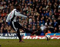 Photo: Richard Lane.<br />Birmingham City v West Bromwich Albion. The Barclays Premiership. 11/03/2006. <br />West Brom's Nathan Ellington scores a goal.