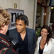 NLD/Amsterdam/20060520 - Huwelijk Edwin van der Sar en Annemarie van Kesteren, Pierre van Hooijdonk en partner Corine Wielaard