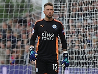 Football - 2017 / 2018 Premier League - Crystal Palace vs. Leicester City<br /> <br /> Ben Hamer of Leicester City at Selhurst Park.<br /> <br /> COLORSPORT/ANDREW COWIE