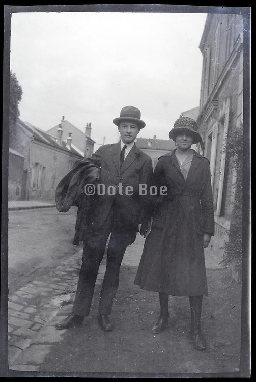 young adult couple together early 1900s Europe France