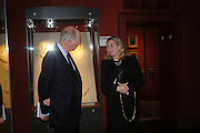 Lord Rothschild and Susan Soros. Private view of Castellani and Italian Archaeological Jewellery. Gilbert Collection, Somerset House. 4 May 2005. ONE TIME USE ONLY - DO NOT ARCHIVE  © Copyright Photograph by Dafydd Jones 66 Stockwell Park Rd. London SW9 0DA Tel 020 7733 0108 www.dafjones.com