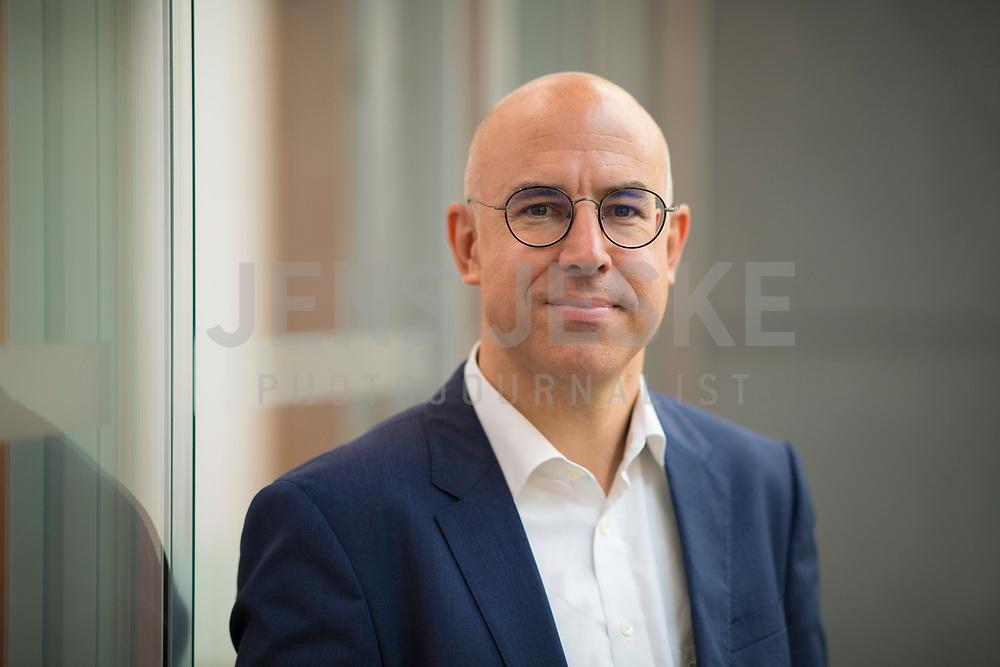 DEU, Deutschland, Germany, Berlin, 05.09.2019: Portrait von Prof. Gabriel Felbermayr, Präsident des Instituts für Weltwirtschaft in Kiel.
