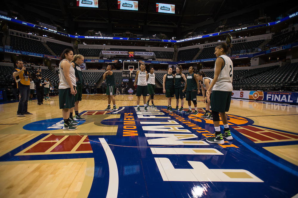 April 2, 2016; Indianapolis, Ind.; The Seawolf women's basketball team gathers at center court before their practice session at Bankers Life Fieldhouse.