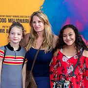 NLD/Amsterdam/20190624 - speciale voorvertoning Yesterday, Claudia Schoemacher -van Zweden met dochter Livia en vriendinnetje