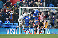 Callum Paterson of Cardiff city (18)  scores his teams 1st goal. EFL Skybet championship match, Cardiff city v Sunderland at the Cardiff city stadium in Cardiff, South Wales on Saturday 13th January 2018.<br /> pic by Andrew Orchard, Andrew Orchard sports photography.