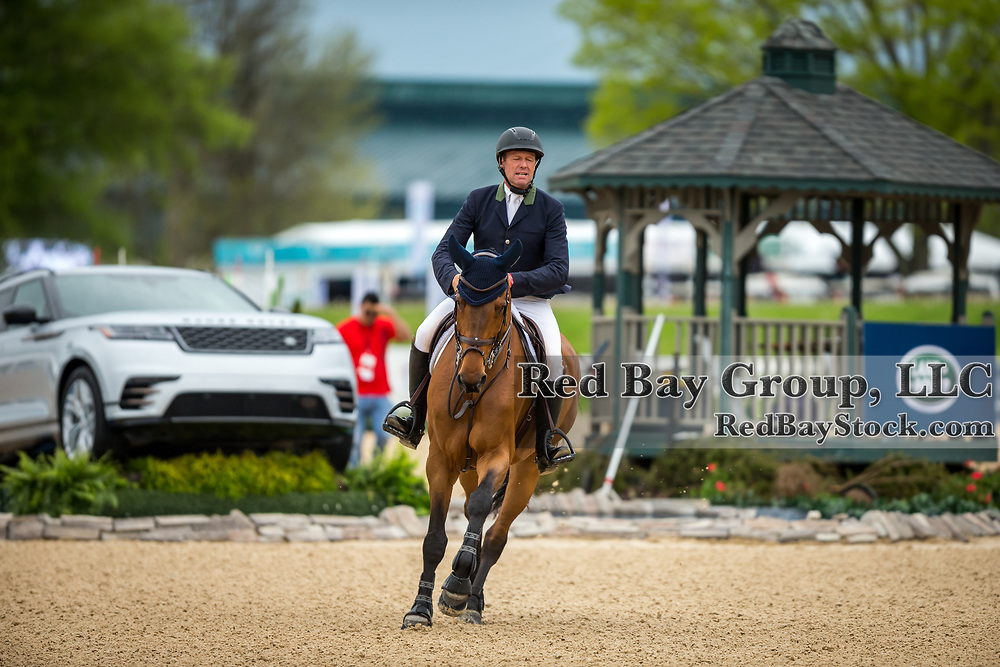 Peter Wylde (USA) and Canamera 2 at the 2019 Kentucky CSI3* Invitational Grand Prix Presented by Hagyard Equine Medical Institute.