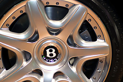 09 February 2006:   2006 Bentley Contiental GT wheel.....Chicago Automobile Trade Association, Chicago Auto Show, McCormick Place, Chicago IL