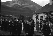 15/06/1961<br /> 06/15/1961<br /> 15 June 1961<br /> <br /> A Royal Visit to Ireland by Princess Grace and Prince Rainier of Monaco. The royal couple at Westport, Co. Mayo.<br /> The Royal couple climbed Croagh Patrick and were welcomed by the people.