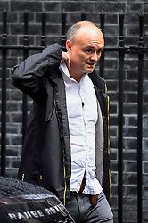 © Licensed to London News Pictures. 26/09/2019. LONDON, UK.  London, UK.  26 September 2019.  Dominic Cummings, Special Advisor to the Prime Minister, departs Number 11 Downing Street to accompany Boris Johnson, Prime Minister, to Parliament.  Photo credit: Stephen Chung/LNP