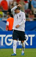 Photo: Glyn Thomas.<br />England v Ecuador. 2nd Round, FIFA World Cup 2006. 25/06/2006.<br /> England's David Beckham feels the heat.