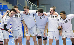 07.01.2017, BSFZ Suedstadt, Maria Enzersdorf, AUT, IHF Junior WM 2017 Qualifikation, Österreich vs Tschechische Republik, im Bild Philipp Seitz (AUT), Julian Pratschner (AUT), Konrad Wurst (AUT), Antonio Juric (AUT), Nikolaus Fuchs (AUT), Julian Ranftl (AUT)// during the IHF Men's Junior World Championships qualifying match between Austria and Czech Republic at the BSFZ Suedstadt, Maria Enzersdorf, Austria on 2017/01/07, EXPA Pictures © 2017, PhotoCredit: EXPA/ Sebastian Pucher