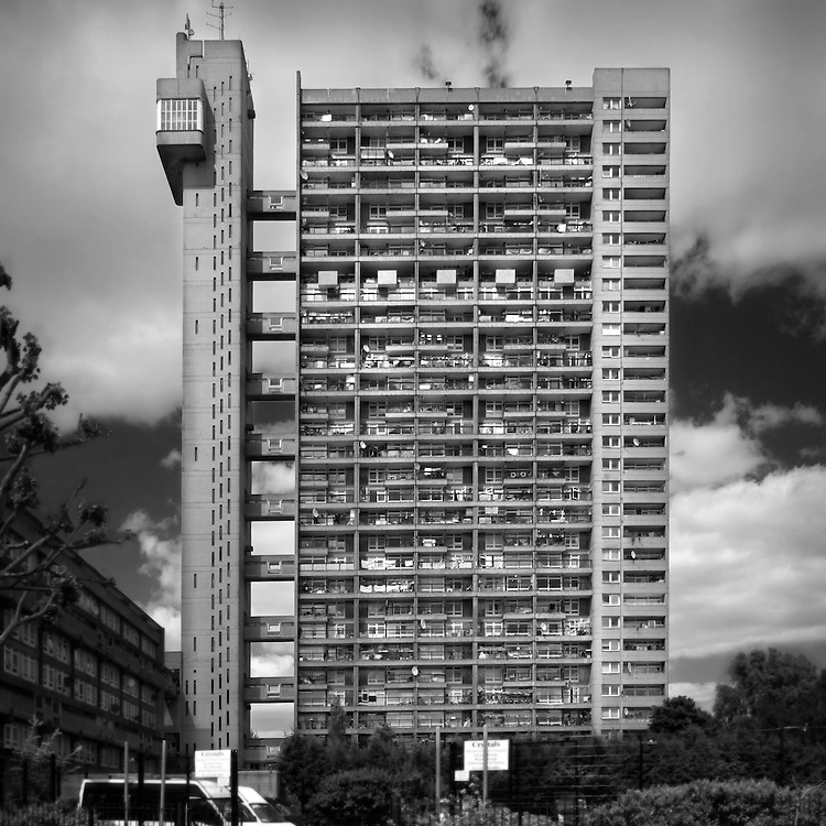 trellick tower, london, concrete, black and white