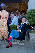 PAUL MASON, Pimlico Road party. 22 June 2010. -DO NOT ARCHIVE-© Copyright Photograph by Dafydd Jones. 248 Clapham Rd. London SW9 0PZ. Tel 0207 820 0771. www.dafjones.com.
