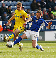 Photo: Steve Bond/Richard Lane Photography. Leicester City v Cardiff City. Coca Cola Championship. 13/03/2010. Richie Wellens (R) tackles  Stephen McPhail