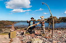 Stone stacking competition launch, Dunbar, 24 March 2021