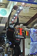 DESCRIZIONE : Eurocup 2013/14 Gr. J Dinamo Banco di Sardegna Sassari -  Brose Basket Bamberg<br /> GIOCATORE : D'Or Fischer<br /> CATEGORIA : Rimbalzo<br /> SQUADRA : Brose Basket Bamberg<br /> EVENTO : Eurocup 2013/2014<br /> GARA : Dinamo Banco di Sardegna Sassari -  Brose Basket Bamberg<br /> DATA : 19/02/2014<br /> SPORT : Pallacanestro <br /> AUTORE : Agenzia Ciamillo-Castoria / Luigi Canu<br /> Galleria : Eurocup 2013/2014<br /> Fotonotizia : Eurocup 2013/14 Gr. J Dinamo Banco di Sardegna Sassari - Brose Basket Bamberg<br /> Predefinita :