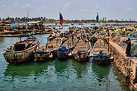 Elmina Canal, Port of Entry