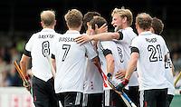 AMSTELVEEN -  Amsterdam heeft gescoord  tijdens de competitiewedstrijd tussen de heren van Amsterdam en Den Bosch (6-2).  COPYRIGHT KOEN SUYK