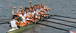 21-08-2004 GRE: ROEIEN OLYMPIC GAMES ATHENS 2004, Athene. <br /> De Nederlandse mannen acht behaalt de tweede plaats. Chun Wei Cheung, Michiel Bartman, Matthijs Vellenga, Gerritjan Eggenkamp, Geert Jan Derksen, Daniel Mensch, Jan Willem Gabriels, Gijs Vermeulen en Diederik Simon. 22-08-2004 GRE: ROEIEN OLYMPIC GAMES ATHENS 2004, Athene.