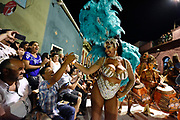 20180208/ Nicolas Celaya - adhocFOTOS/ URUGUAY/ MONTEVIDEO/ BARRIO SUR/ Preparacion y participacion de la comparsa Templando en Puerto Rico en el Desfile de Llamadas.<br /> En la foto: Yessy López durante la participacion de la comparsa Templando en Puerto Rico en el Desfile de Llamadas.  Foto: Nicolás Celaya /adhocFOTOS