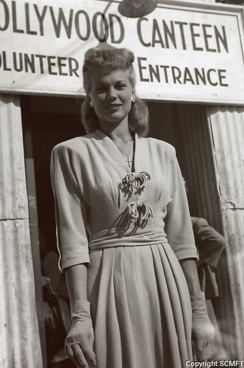 1944 Bunny Waters by the volunteer's entrance at the Hollywood Canteen