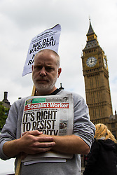 Polish workers in the UK strike and demonstrate outside Parliament to show their value to the UK economy whilst others participate in a drive to donate blood to the NHS. As anti-immigrant sentiment ramps up in the UK, many Poles have established Britain as their home and are making a positive contribution to the economy.